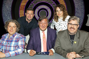 QI. Image shows from L to R: Alan Davies, Dermot O'Leary, Stephen Fry, Cariad Lloyd, Phill Jupitus. Copyright: TalkbackThames.
