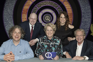 QI. Image shows from L to R: Alan Davies, Matt Lucas, Sandi Toksvig, Cariad Lloyd, Jerry Springer. Copyright: TalkbackThames.
