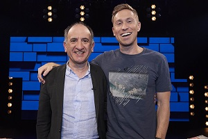 The Russell Howard Hour. Image shows from L to R: Armando Iannucci, Russell Howard. Copyright: Avalon Television.