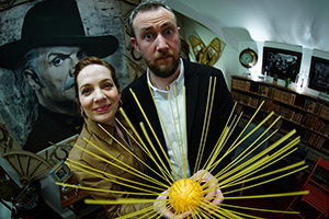 Taskmaster. Image shows from L to R: Katherine Parkinson, Alex Horne. Copyright: Avalon Television.