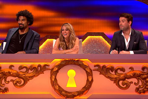 Through The Keyhole. Image shows from L to R: David Haye, Samia Ghadie, Dave Berry. Copyright: Talkback.