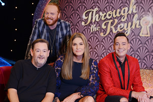 Through The Keyhole. Image shows from L to R: Johnny Vegas, Leigh Francis, Caitlyn Jenner, Craig Revel Horwood. Copyright: Talkback.