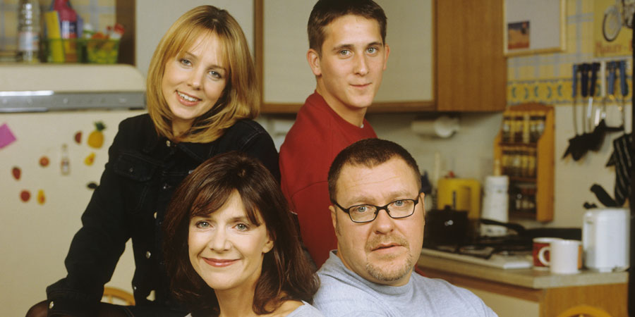 2point4 Children. Image shows from L to R: Jenny (Clare Buckfield), Bill (Belinda Lang), David (John Pickard), Ben (Gary Olsen). Copyright: BBC.