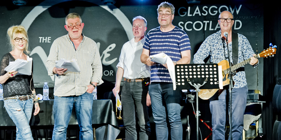 The Absolutely Radio Show. Image shows from L to R: Morwenna Banks, Moray Hunter, John Sparkes, Gordon Kennedy, Peter Baikie. Copyright: ABsoLuTeLy Productions.