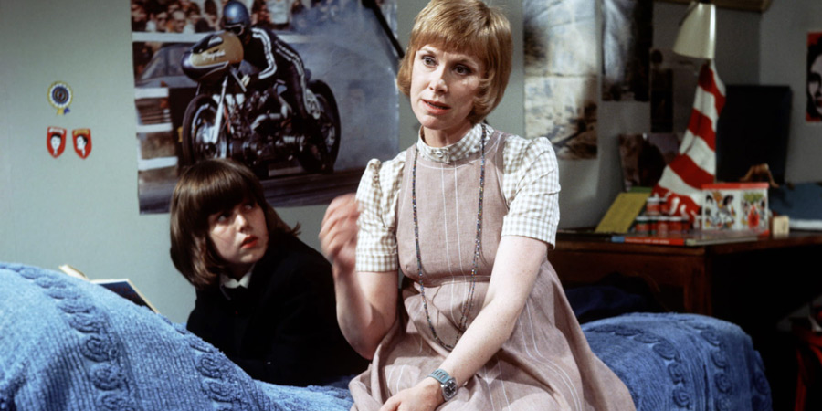 ...And Mother Makes Three. Image shows from L to R: Peter (David Parfitt), Sally Harrison (Wendy Craig). Copyright: Thames Television.
