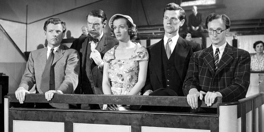 Brandy For The Parson. Image shows from L to R: Tony Rackham (Kenneth More), Redworth (Michael Trubshawe), Petronilla Brand (Jean Lodge), Bill Harper (James Donald), George Crumb (Charles Hawtrey). Copyright: Group 3 Productions.