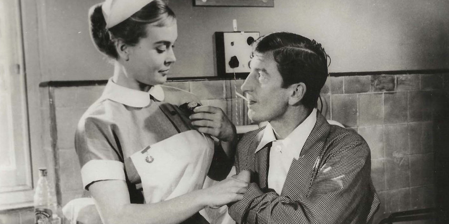 Carry On Nurse. Image shows from L to R: Staff Nurse Dorothy Denton (Shirley Eaton), Ted York (Terence Longdon). Copyright: Peter Rogers Productions.