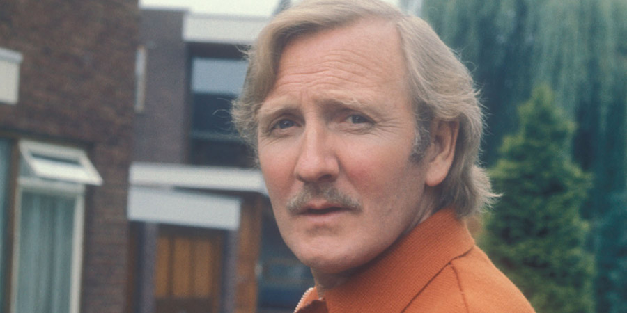 Leslie Phillips - British Comedy Guide