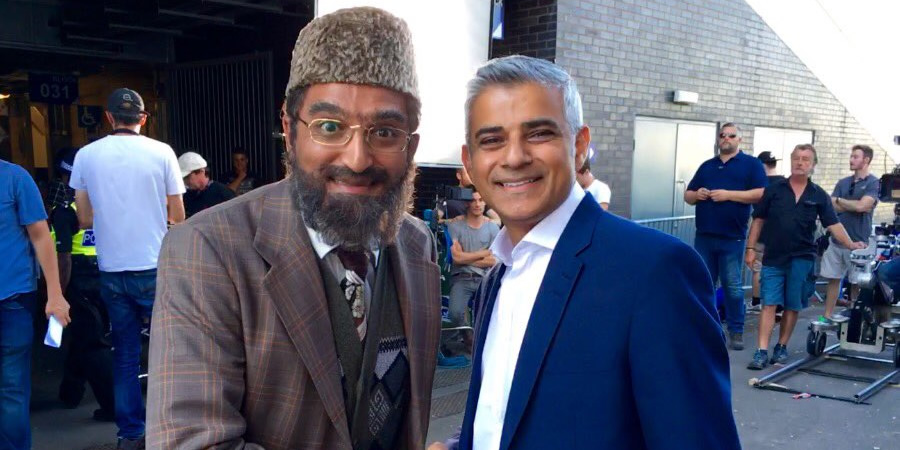 https://www.comedy.co.uk/images/library/comedies/900x450/c/citizen_khan_s5_filming.jpg