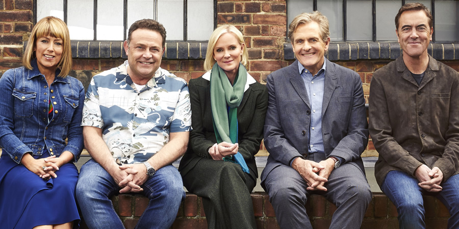 Cold Feet. Image shows from L to R: Jenny Gifford (Fay Ripley), Pete Gifford (John Thomson), Karen Marsden (Hermione Norris), David Marsden (Robert Bathurst), Adam Williams (James Nesbitt).