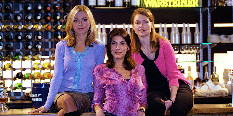 Coupling. Image shows from L to R: Susan (Sarah Alexander), Jane (Gina Bellman), Sally (Kate Isitt). Copyright: Hartswood Films Ltd.