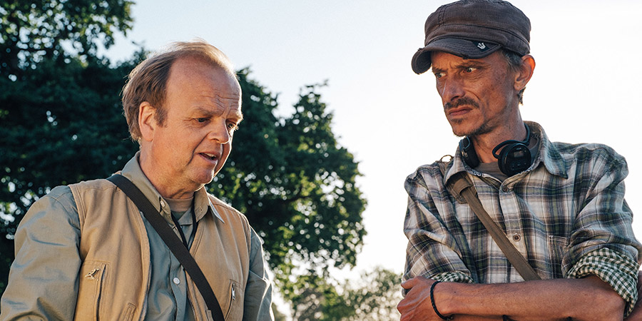 Detectorists. Image shows from L to R: Lance Stater (Toby Jones), Andy Stone (Mackenzie Crook). Copyright: BBC.