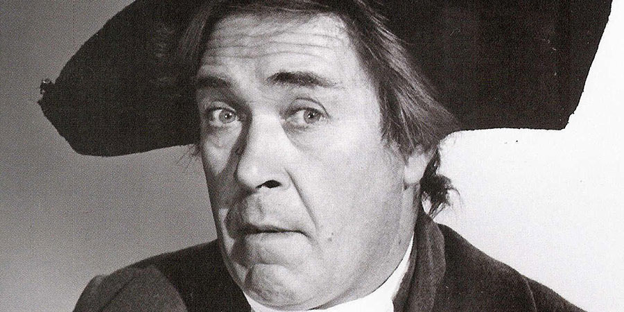 Don't Lose Your Head. Citizen Bidet (Peter Butterworth). Copyright: Peter Rogers Productions.