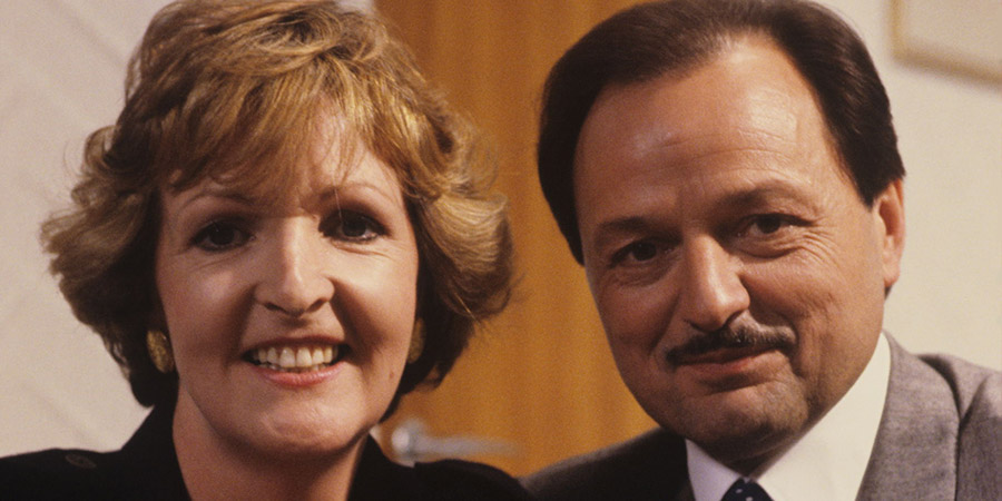 Executive Stress. Image shows from L to R: Caroline Fairchild (Penelope Keith), Donald Fairchild (Peter Bowles). Copyright: Thames Television.