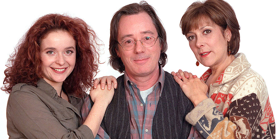 Faith In The Future. Image shows from L to R: Hannah Grayshott (Julia Sawalha), Paul (Jeff Rawle), Faith Grayshott (Lynda Bellingham). Copyright: London Weekend Television.