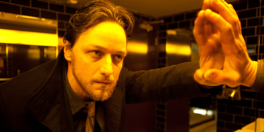 Filth. Detective Sergeant Bruce Robertson (James McAvoy).