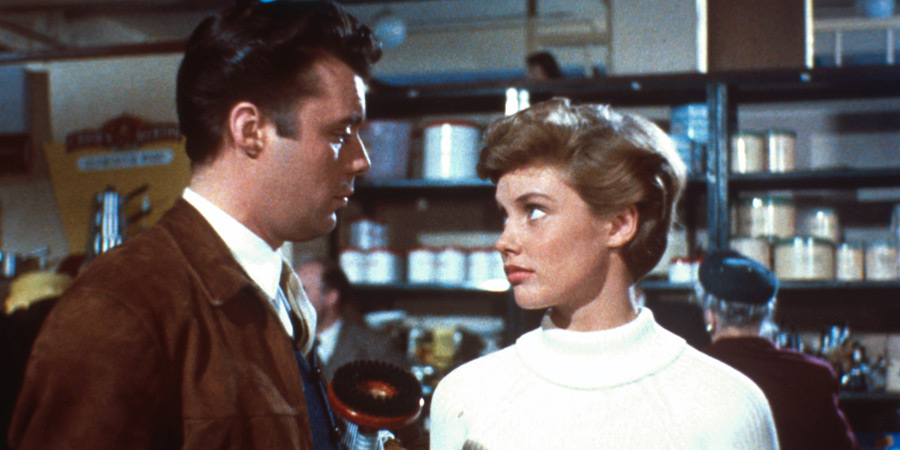 For Better, For Worse. Image shows from L to R: Tony Howard (Dirk Bogarde), Anne (Susan Stephen). Copyright: Associated British Picture Corporation.