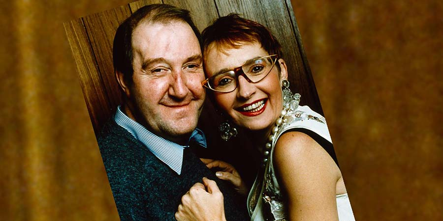 For Better Or For Worse. Image shows from L to R: Bernard (Gorden Kaye), Iris (Su Pollard). Copyright: BBC.