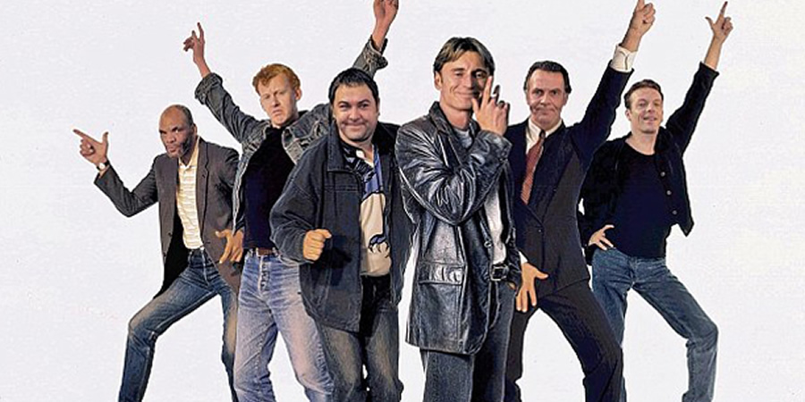 The Full Monty. Image shows from L to R: Horse (Paul Barber), Lomper (Steve Huison), Dave (Mark Addy), Gaz (Robert Carlyle), Gerald (Tom Wilkinson), Guy (Hugo Speer).