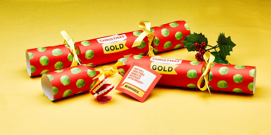Gold Christmas Cracker Jokes. Copyright: UKTV.