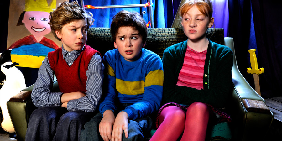 Horrid Henry: The Movie. Image shows from L to R: Perfect Peter (Ross Marron), Horrid Henry (Theo Stevenson), Moody Margaret (Scarlet Stitt).