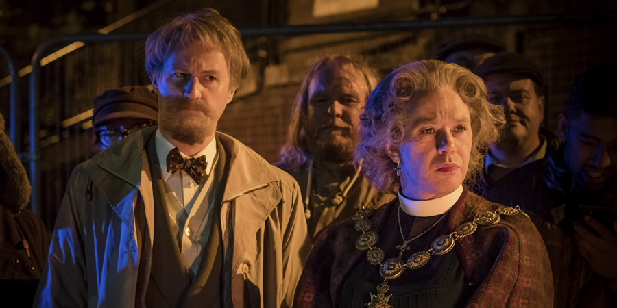 The League Of Gentlemen. Image shows from L to R: Murray (Mark Gatiss), Bernice Woodall (Reece Shearsmith). Copyright: BBC.