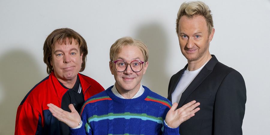 The League Of Gentlemen. Image shows from L to R: Dave Parkes (Steve Pemberton), Ollie Plimsolls (Reece Shearsmith), Phil Proctor (Mark Gatiss). Copyright: BBC.