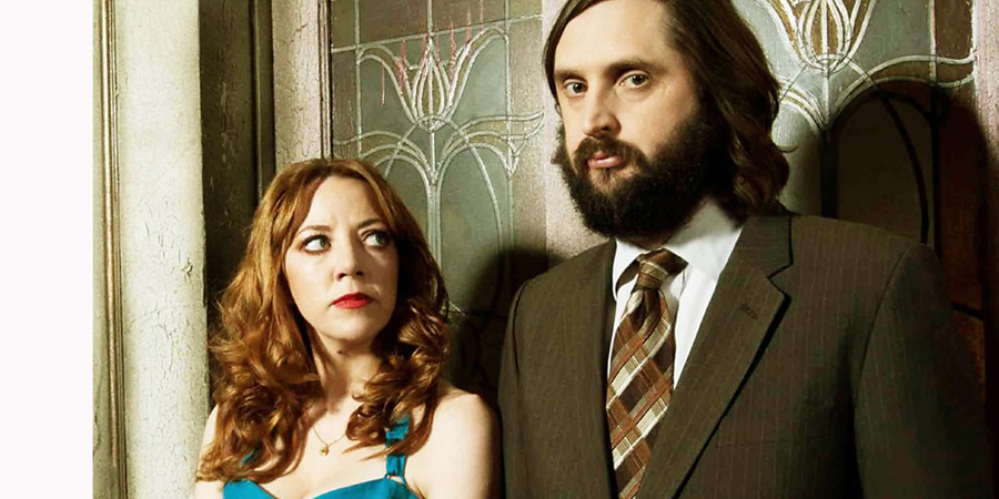 Live At The Electric. Image shows from L to R: Diane (Diane Morgan), Joe (Joe Wilkinson). Copyright: Avalon Television.
