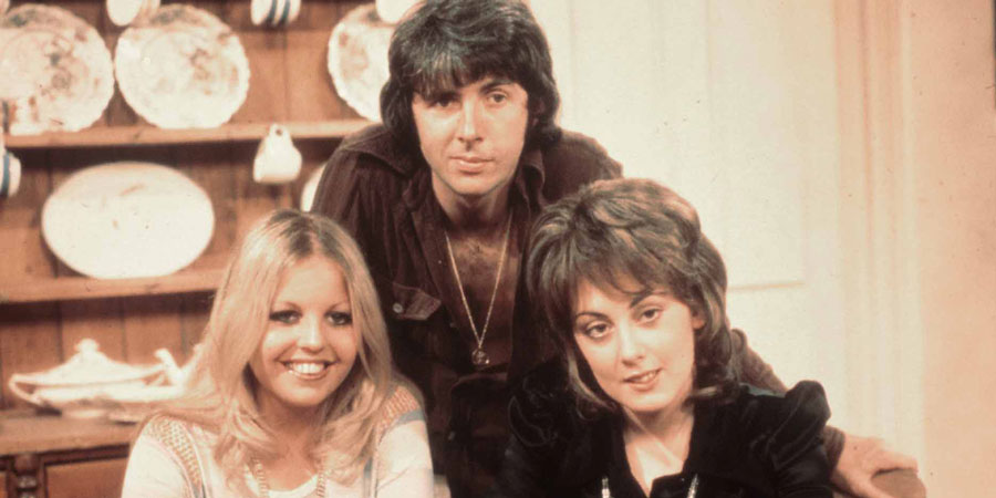Man About The House. Image shows from L to R: Jo (Sally Thomsett), Robin Tripp (Richard O'Sullivan), Chrissy Plummer (Paula Wilcox). Copyright: Thames Television.