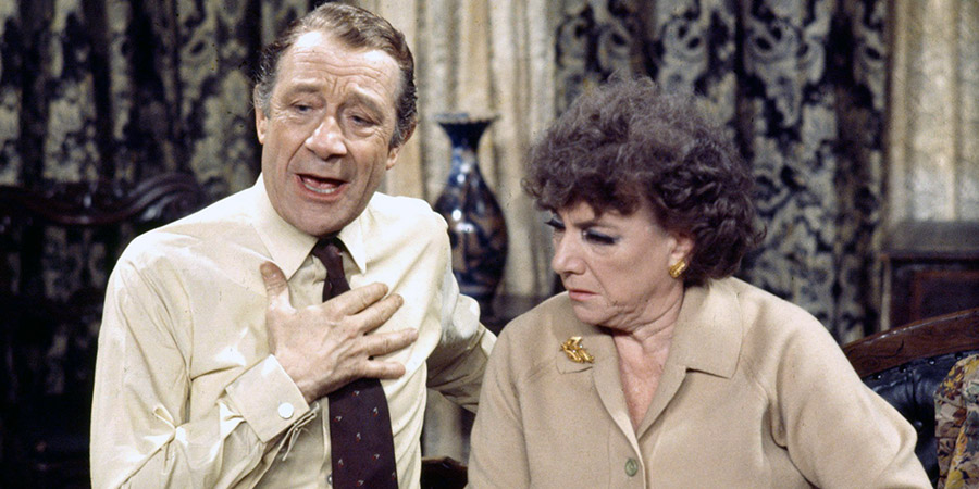 Nearest And Dearest. Image shows from L to R: Eli Pledge (Jimmy Jewel), Nellie Pledge (Hylda Baker). Copyright: Granada Television / Rex.