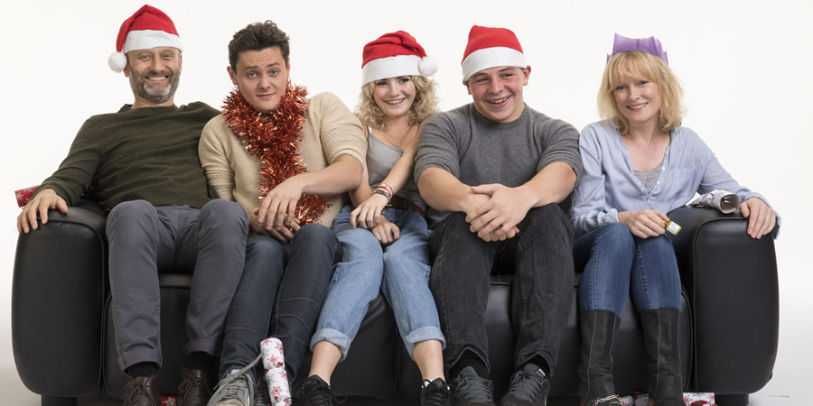 Outnumbered. Image shows from L to R: Pete (Hugh Dennis), Jake (Tyger Drew-Honey), Karen (Ramona Marquez), Ben (Daniel Roche), Sue (Claire Skinner). Copyright: Hat Trick Productions.