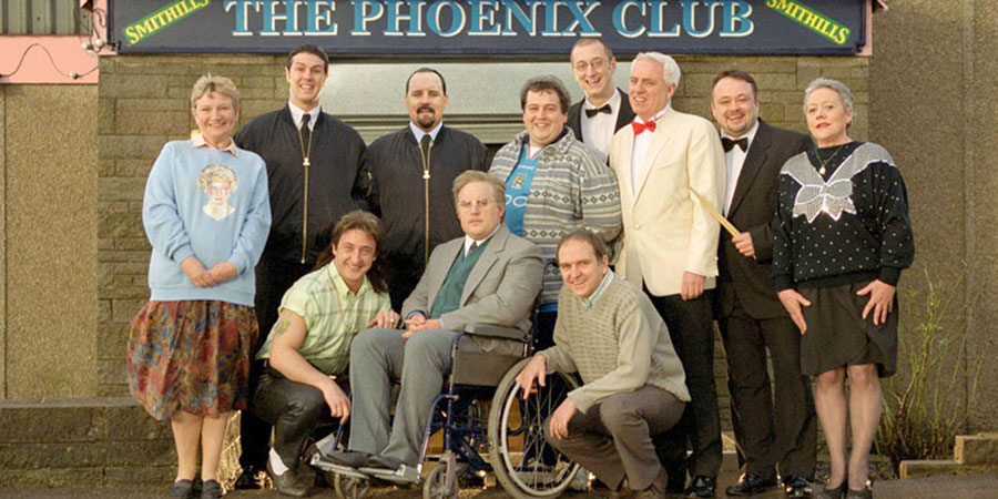 Phoenix Nights. Copyright: Goodnight Vienna Productions / Ovation Entertainments.