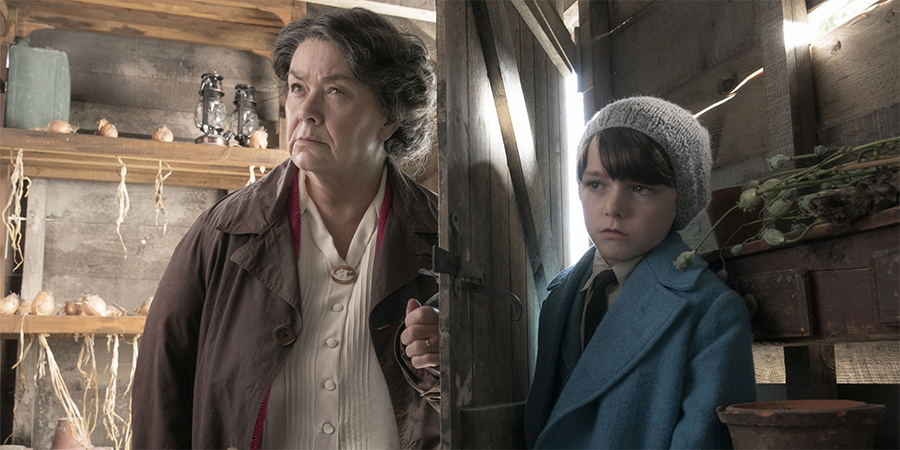 Roald & Beatrix: The Tail Of The Curious Mouse. Image shows from L to R: Beatrix Potter (Dawn French), Roald Dahl (Harry Tayler). Copyright: Hartswood Films Ltd.