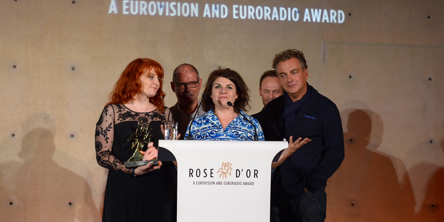 Image shows from L to R: Caroline Moran, Unknown, Caitlin Moran, Unknown, Kenton Allen. Copyright: Rose d'Or.