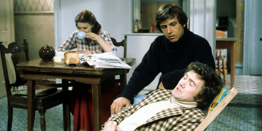 The Cuckoo Waltz. Image shows from L to R: Felicity 'Fliss' Hawthorne (Diane Keen), Chris Hawthorne (David Roper), Gavin Rumsey (Lewis Collins). Copyright: Granada Television.