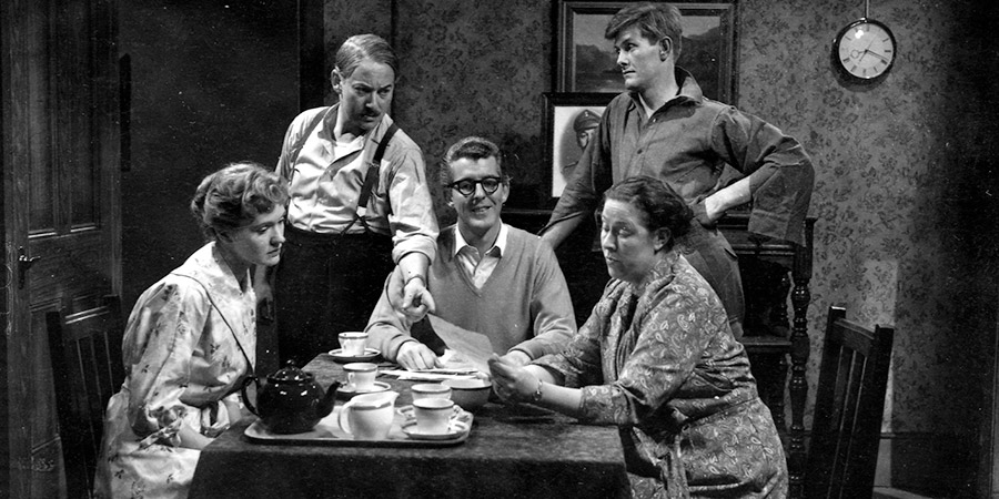 The Larkins. Image shows from L to R: Joyce Rogers (Ruth Trouncer), Alf Larkins (David Kossoff), Eddie Larkins (Shaun O'Riordan), Ada Larkins (Peggy Mount), Jeff Rogers (Ronan O'Casey). Copyright: Associated Television.