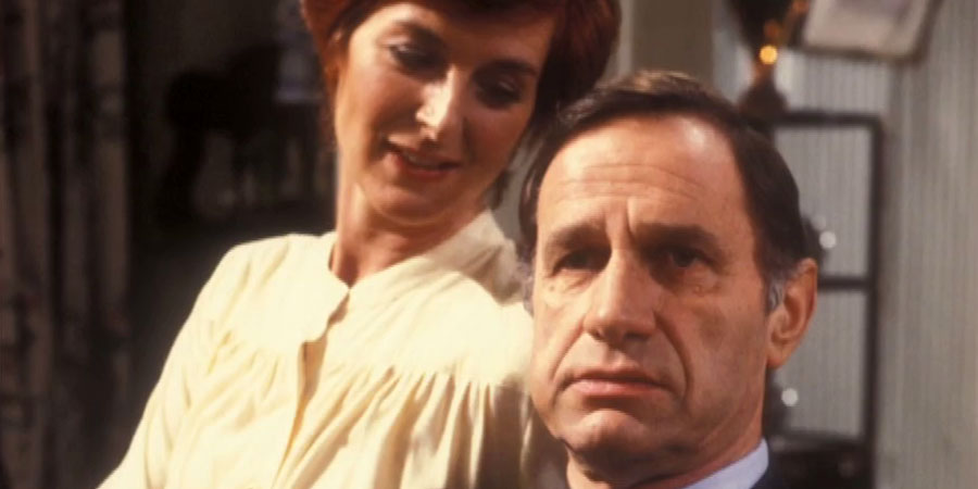 The Last Song. Image shows from L to R: Alice Bannister (Caroline Blakiston), Leo Bannister (Geoffrey Palmer). Copyright: BBC.