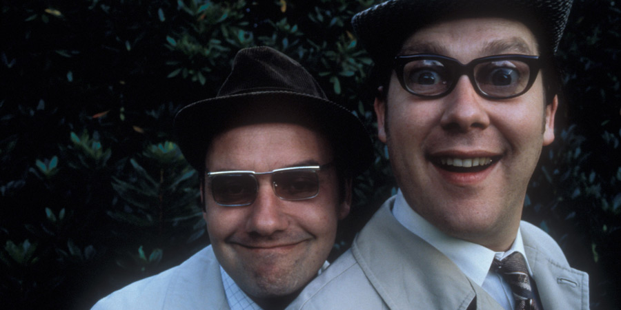 The Smell Of Reeves And Mortimer. Image shows from L to R: Bob Mortimer, Vic Reeves. Copyright: Channel X.