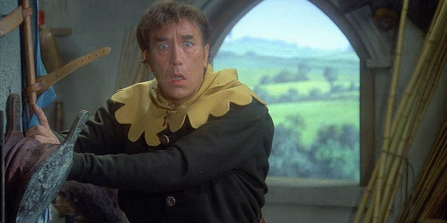 Up The Chastity Belt. Lurkalot (Frankie Howerd). Copyright: Anglo-EMI / Associated London Films Limited.