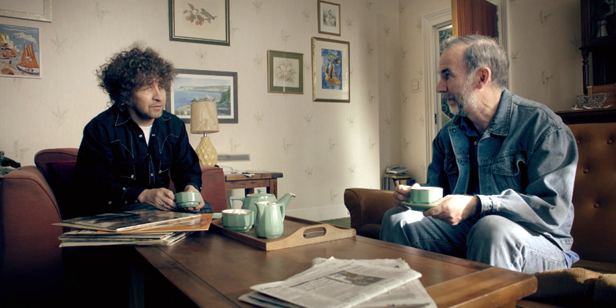 Urban Myths: Bob Dylan. Image shows from L to R: Bob Dylan (Eddie Marsan), Dave (Paul Ritter).