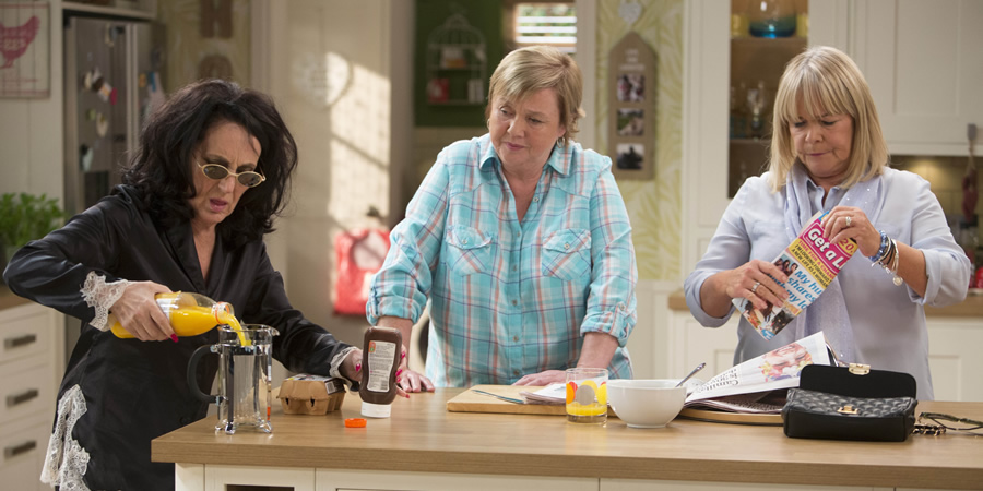 Birds Of A Feather. Image shows from L to R: Dorien Green (Lesley Joseph), Sharon Theodopolopodous (Pauline Quirke), Tracey Stubbs (Linda Robson). Copyright: Alomo Productions / Retort.