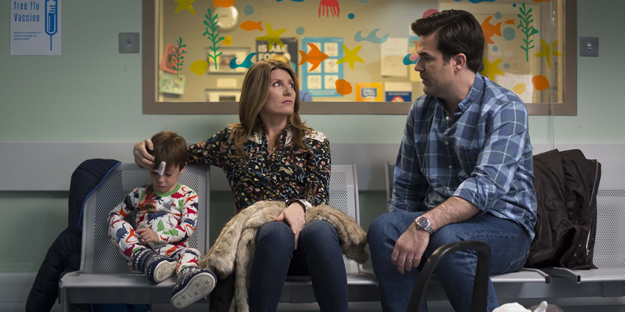 Catastrophe. Image shows from L to R: Rob Delaney, Sharon Horgan. Copyright: Avalon Television.