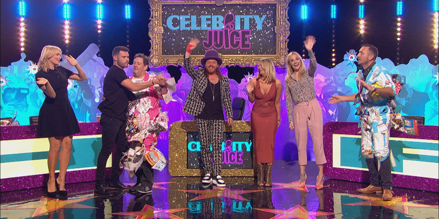 Celebrity Juice. Image shows from L to R: Holly Willoughby, Danny Miller, Johnny Vegas, Leigh Francis, Danielle Armstrong, Fearne Cotton, Will Mellor. Copyright: Talkback.