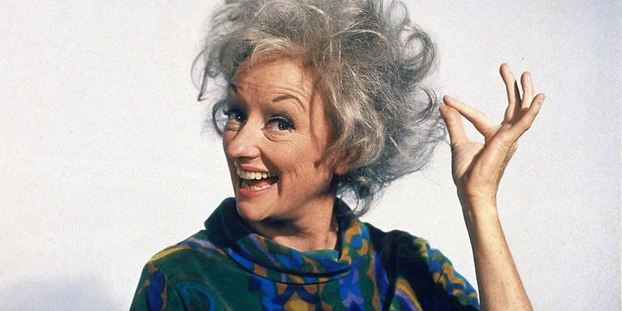 Comedy Legends. Phyllis Diller. Copyright: 3DD.