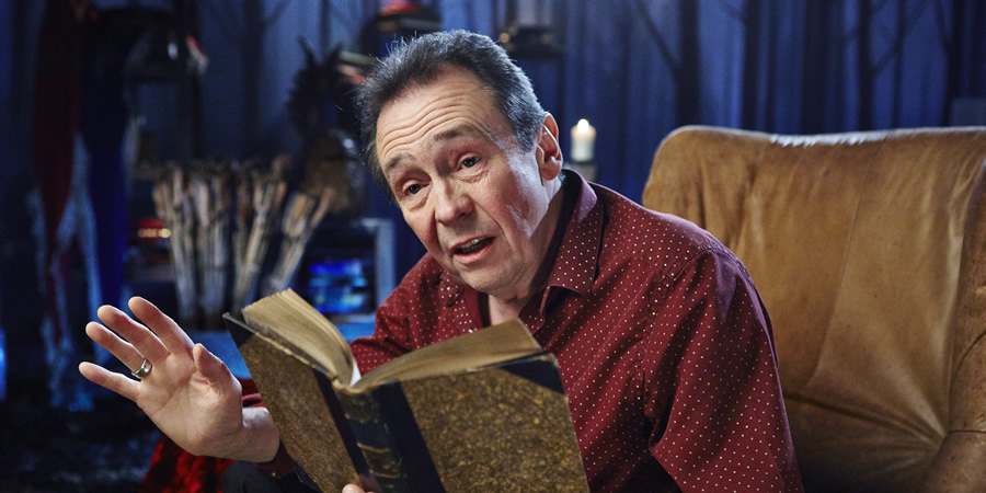 Crackanory. Paul Whitehouse. Copyright: Tiger Aspect Productions.