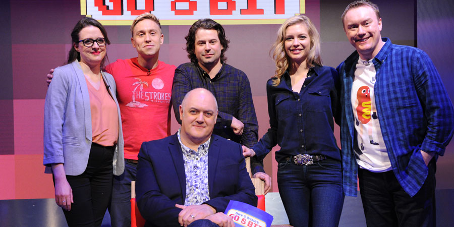 Dara O Briain's Go 8 Bit. Image shows from L to R: Ellie Gibson, Russell Howard, Dara O Briain, Sam Pamphilon, Rachel Riley, Steve McNeil. Copyright: DLT Entertainment Ltd..
