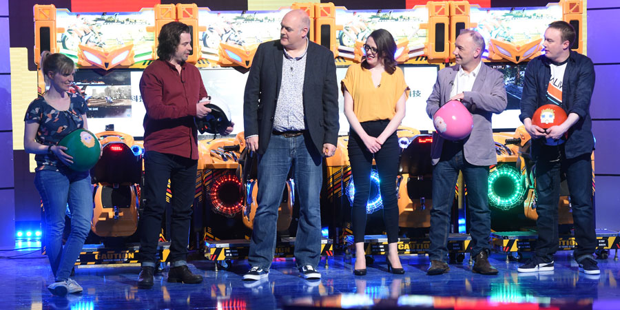 Dara O Briain's Go 8 Bit. Image shows from L to R: Holly Walsh, Sam Pamphilon, Dara O Briain, Ellie Gibson, Bob Mortimer, Steve McNeil. Copyright: DLT Entertainment Ltd..