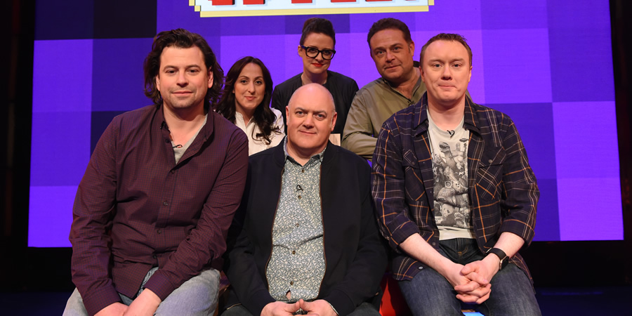 Dara O Briain's Go 8 Bit. Image shows from L to R: Sam Pamphilon, Natalie Cassidy, Dara O Briain, Ellie Gibson, John Thomson, Steve McNeil. Copyright: DLT Entertainment Ltd..
