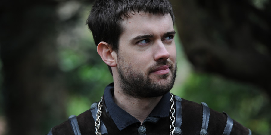 Drunk History. Sir Walter Raleigh (Jack Whitehall). Copyright: Tiger Aspect Productions.