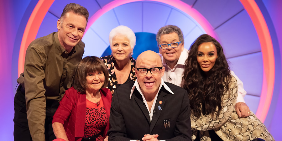 Harry Hill's Alien Fun Capsule. Image shows from L to R: Chris Packham, Janette Tough, Pam St. Clement, Harry Hill, Ian Tough, Chelsee Healey. Copyright: Nit TV.